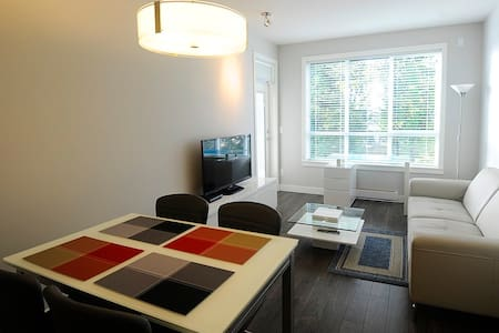New Two Bdrm Apt - Guildford Mall - Surrey - Apartment