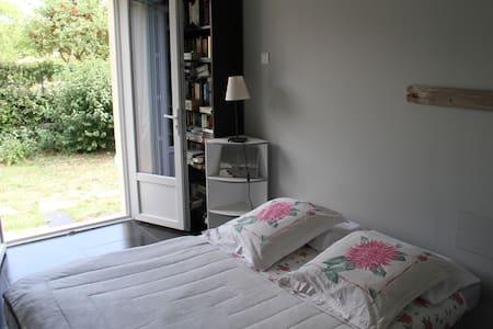 Charming studio in Seillans  - Seillans - Villa