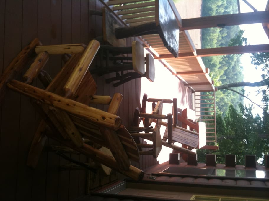Back Porch with Picnic Table and Gas Grill over looking the Nottley River