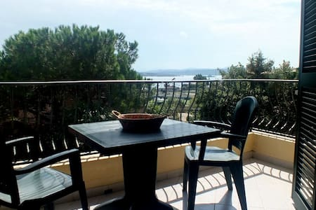 Holiday Home with sea view 4-5 p.