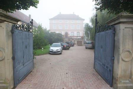 Au vieux manoir - Huis