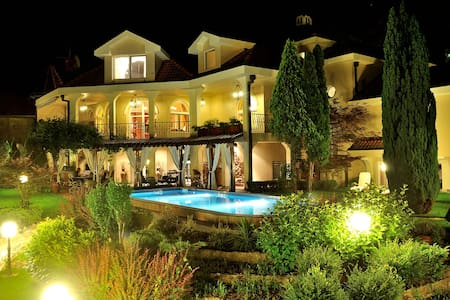 VILLA SAGA PARADISO  right wing - Villa