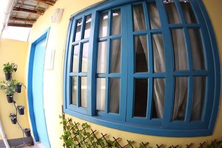Quitinete completa - Rio de Janeiro - Casa