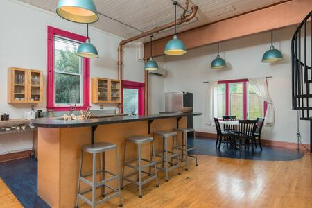 Secluded Townhouse on N.Mississippi - Portland - Apartment