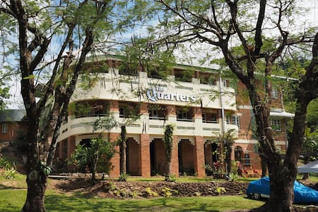 The Doctor's Quarters BABINDA - Appartamento