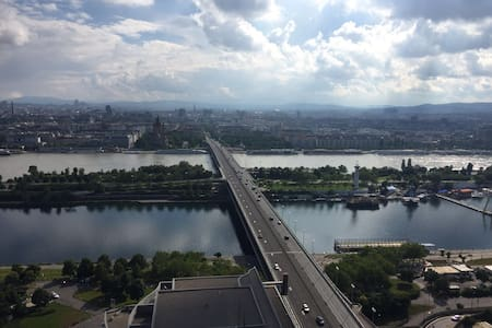 Stunning View from the 26th floor-Near to Center - Vienna