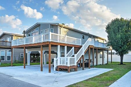 3BR Surfside Beach House w/ Wraparound Deck! - Myrtle Beach - Casa