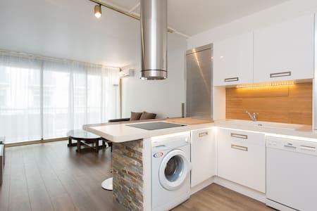 Beautiful flat near La Croisette !
