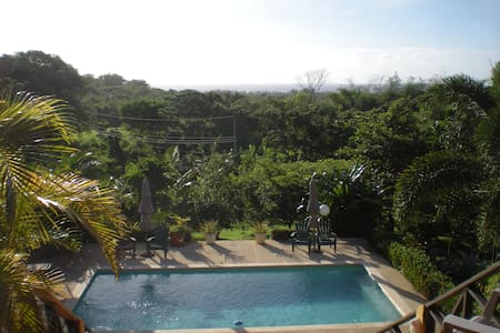 Amazing sea view, sun deck and pool - Scarborough - Huis