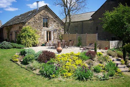 Converted stone barn in hamlet - Haus