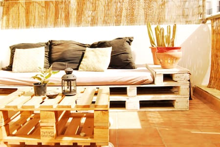 Wind-protected terrace _Cotillo