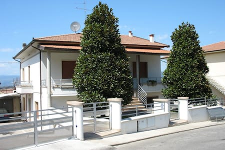 Come a casa ... (double/twin room) - Cerreto Guidi