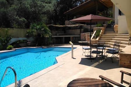 Palio pool garden residence close to the beach - Kavala