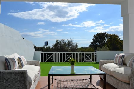 Beach & Golf, ideal for families - 5 bedrooms - Marbella - Haus