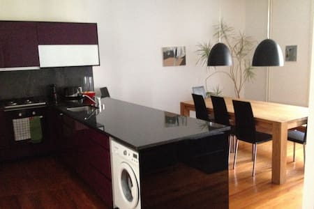 Nice 2 Room Apartment - Wohnung