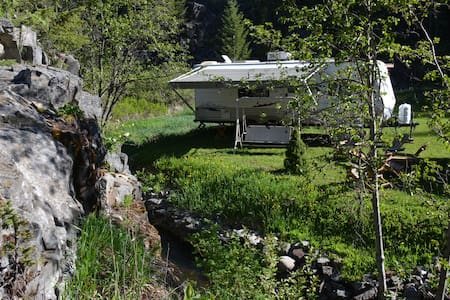 Quiet creekside oasis - Kimberley - Camper/RV