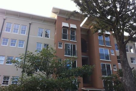 Apartment for rent in condo