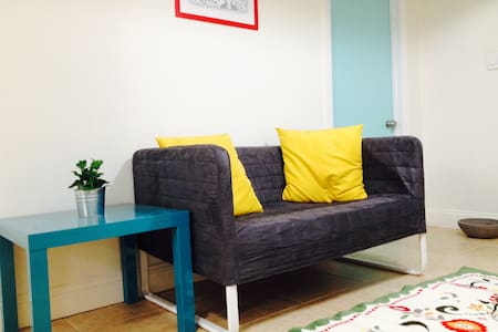 Modern Comfortable Private RM 2