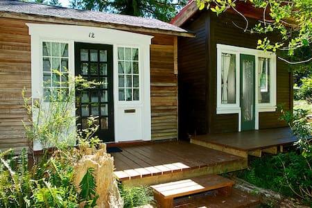 Writer's Cabin - Kisház