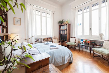 Double room in amazing Coppedé. - Wohnung