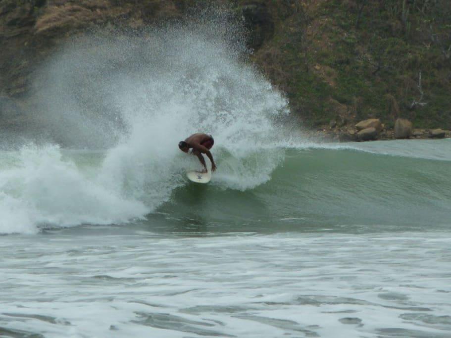 Surfing in Remanso bay