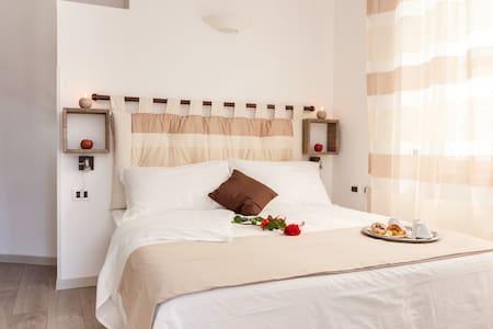 RELAIS 155 - Raffaello Room - Rome - Bed & Breakfast