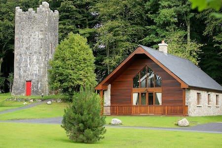 Mount Falcon, Woodland Lodges,  Ballina, Co.Mayo - 3 Bed - Sleeps 6 - Ballina - House