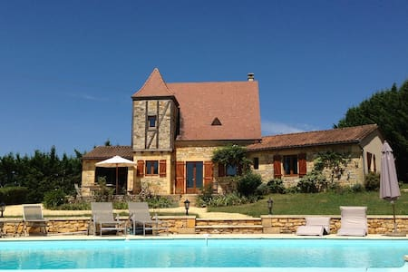 Charming house+pool in the Perigord - Hus