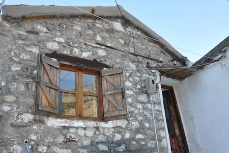 Traditional studio in Samothraki - Huis