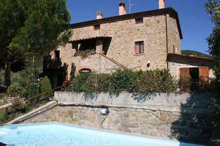 CASALE AIOLA - Cortona - House