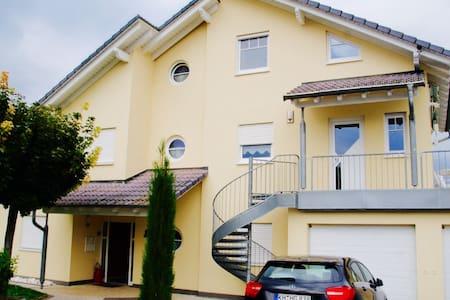 Villa Vinea / Rheinhessische Toskana - Sprendlingen
