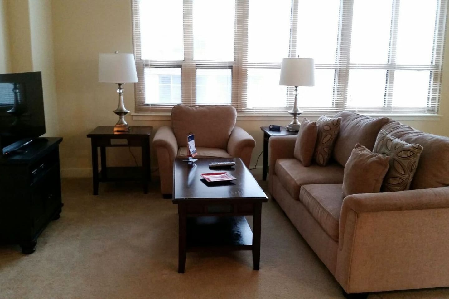 [1573] Lovely 1BR at Liberty Tower
