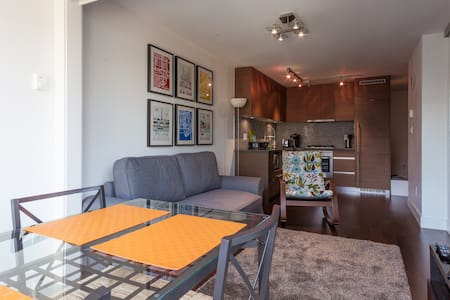 New Condo in the Heart of Vancouver - Vancouver - Appartamento
