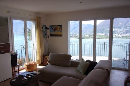 Attikawohnung am Lago Maggiore - Vairano - Casa