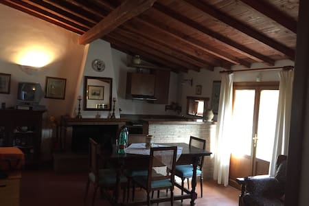 Chalet a 200 mt dalle terme di Orte - Orte - Loteng