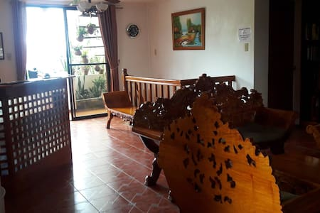 Balay de la Rama Bed and Breakfast, Hardin room - Bed & Breakfast
