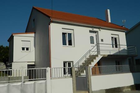 Casa en Esteiro sin tráfico - House