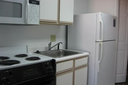 Beach Lover's Condo With Spectacular Ocean Views! - 北默特尔海滩(North Myrtle Beach)