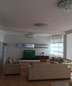 3-bedroom apartment in the centre of Baku - Lejlighed