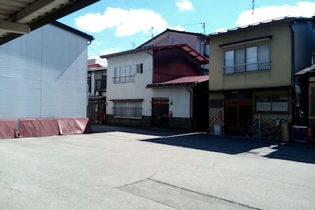 1 min morning market. 8 min station.Traditional ! - 高山市 - Hus