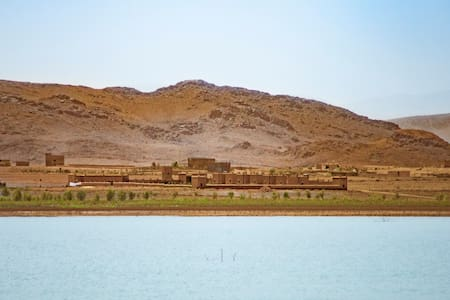 Ecolodge l'île de Ouarzazate - Room for 1 to 6 p - Bed & Breakfast