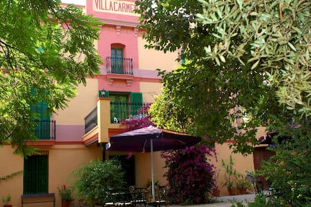 Habitación 2 con balcón - Las Casas de Alcanar