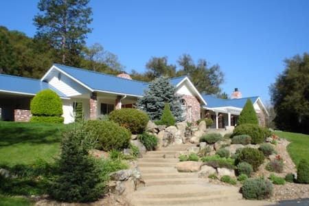 Luxury Equestrian Estate/Pool/Jacuzzi/Private/Pets - Ahwahnee
