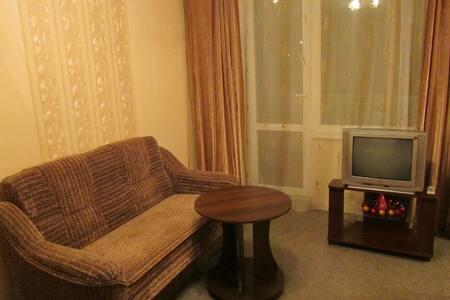 1 ком. кв. 5мин. метро Героев Труда - Kharkiv