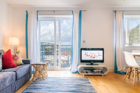 3 Bedroom apartment in Porthtown