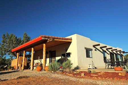 Gooseberry Mesa Lodge near Zion NP - Hus