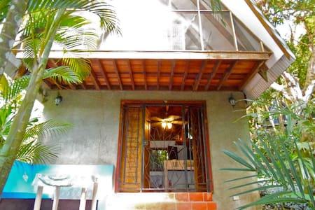 Jungle Casa - Doce-A - House
