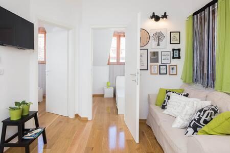 New attic 2bdrm apartment in Split Center - Split