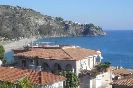 Soverato - Villa Baia di Caminia - Caminia - Lägenhet