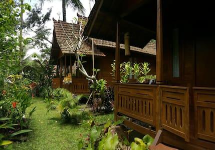 Wooden house in Ubud #1 - Payangan